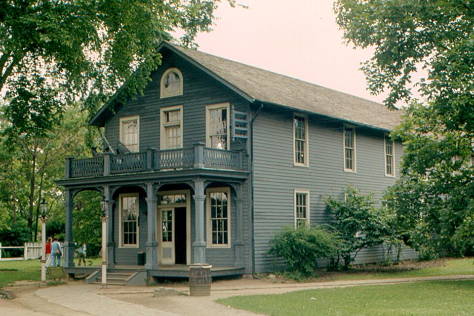 Menlo Park fue la fábrica de inventos de Edison