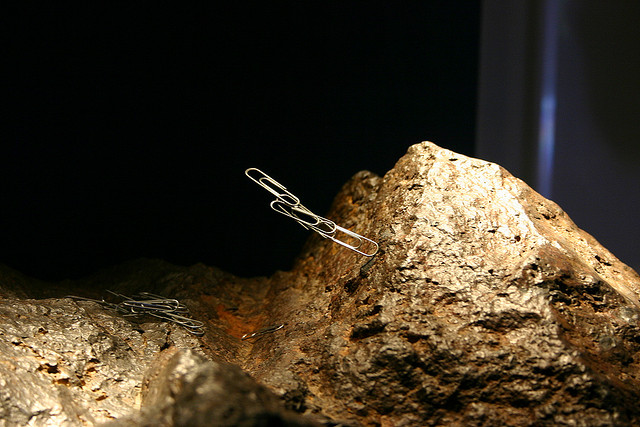 """Magnetite Lodestone"", del usuario de Flickr Ryan Somma"